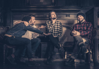 Review: Elbow discovers new sound with <em>Little Fictions</em>