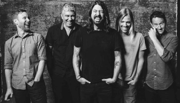 Foo Fighters, Dave Grohl, Pat Smear, Nate Mendel, Taylor Hawkins, Chris Shiflett