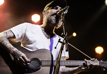 Review: Lucero and Esmé Patterson wear their hearts on their sleeves at the Fillmore
