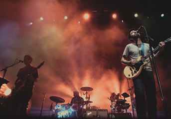 REVIEW: Between The Shins and the Bay, the love is mutual
