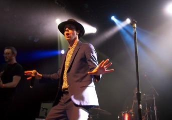 PHOTOS: Maximo Park revives the early aughts at the Independent