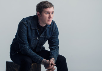 ALBUM REVIEW: Brian Fallon's <em>Sleepwalkers</em> not short on Gaslight Anthem style