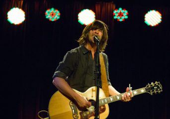 REVIEW: Rhett Miller lights up Slim's with intimate gig
