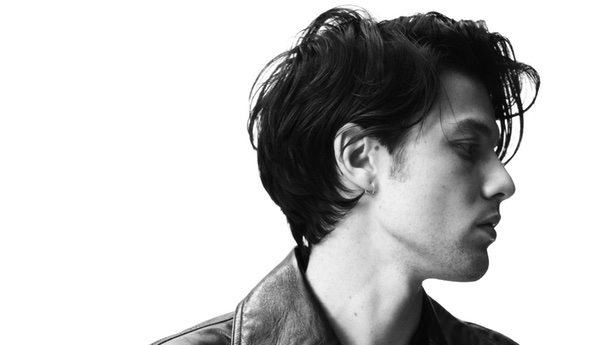 ALBUM REVIEW: James Bay basks in <em>Electric Light</em>
