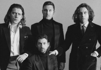 ALBUM REVIEW: Arctic Monkeys triumphantly return with <em>Tranquility Base Hotel + Casino</em>