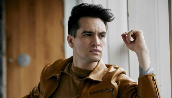 QUICK TAKES: Brendon Urie dancing alone on new Panic! at the Disco LP