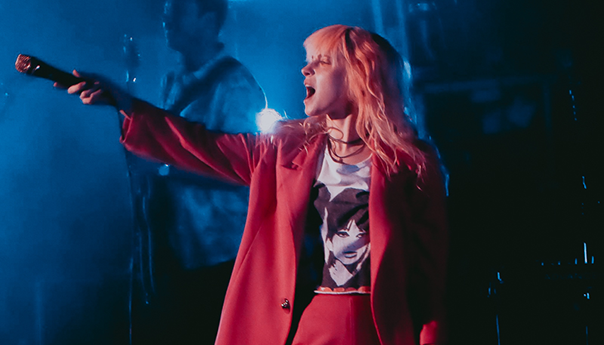 "REVIEW: Paramore dances through ""Hard Times"" at Shoreline Amphitheatre"