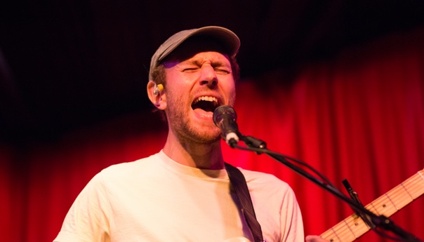 REVIEW: Novo Amor finds power in intimacy at first Los Angeles Show