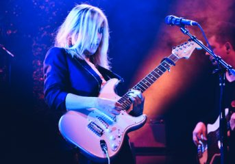 REVIEW: Liz Phair gets sweaty at the Fillmore