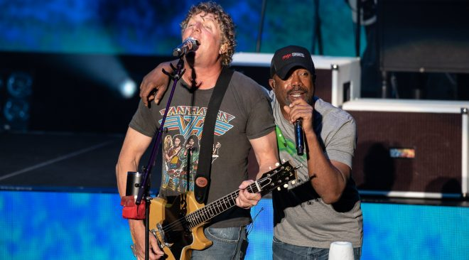 Hootie and the Blowfish celebrate 25 years of 'Cracked Rear View' at Shoreline