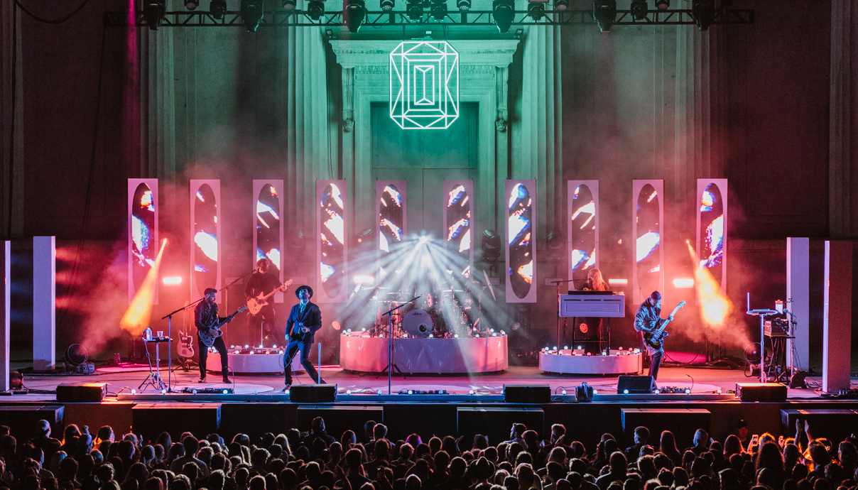 Lord Huron Tour 2020.Lord Huron Shakey Graves And Julia Jacklin In Berkeley