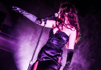 REVIEW: Sabrina Claudio practices sensual restraint at the Masonic