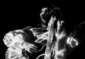 REVIEW: Chelsea Wolfe ends her birthday week with a goth-folk ritual in L.A.