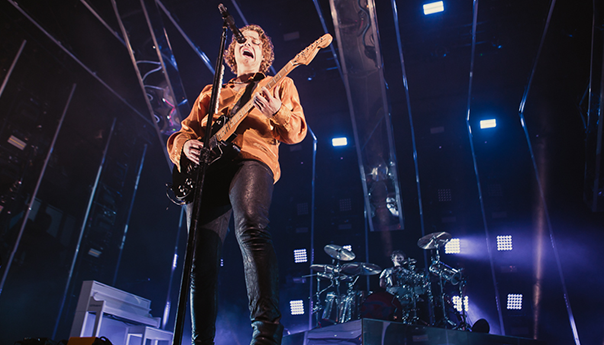 REVIEW: 5 Seconds of Summer bathe in 'Youngblood' at San Jose Event Center