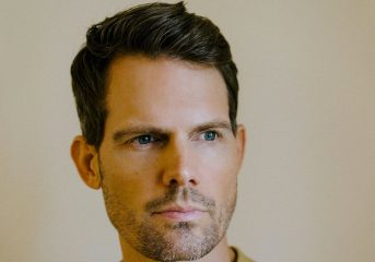 REVIEW: Tycho's 'Weather' incorporates the organic with electronica