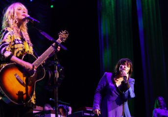 Heart's return mixed, but Joan Jett rips through the classics at Concord Pavilion
